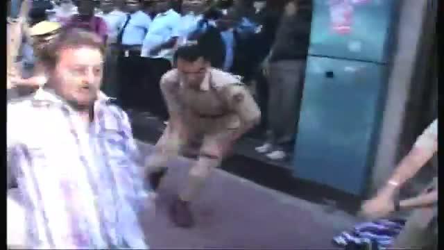 Jammu Police lathicharge JKDF protestors
