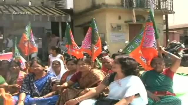 BJP Mahila Morcha stage protest across country