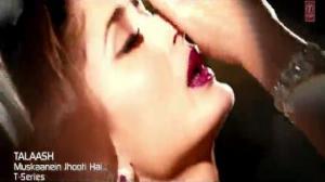 Muskaanein Jhooti Hai (Official Video Song) Talaash - Aamir Khan, Kareena Kapoor & Rani Mukherjee