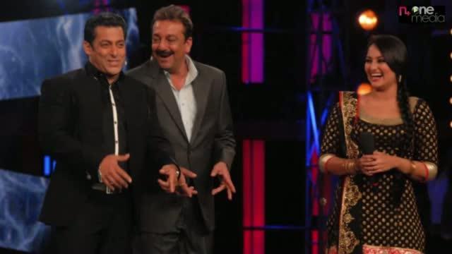 Salman Khan,Sanjay Dutt & Ajay Devgan Were Dancing Together