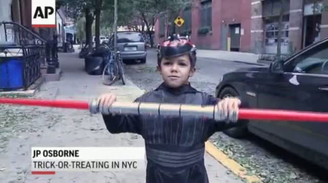 Raw - Trick-or-Treating in NYC After Sandy