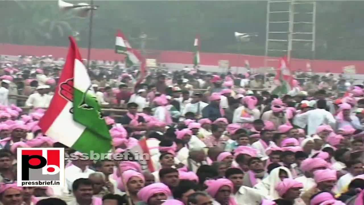 Sonia Gandhi in Delhi: Only Congress fights corruption seriously