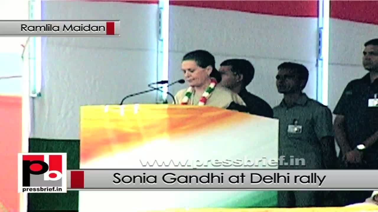 Sonia Gandhi in Delhi urges Congressmen to take forward the good works
