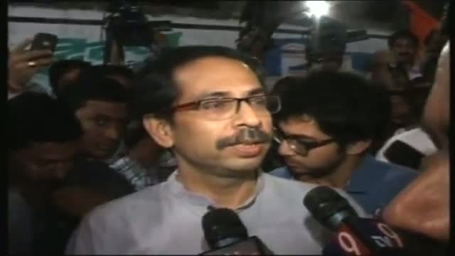 Bal Thackeray's condition stable Uddhav