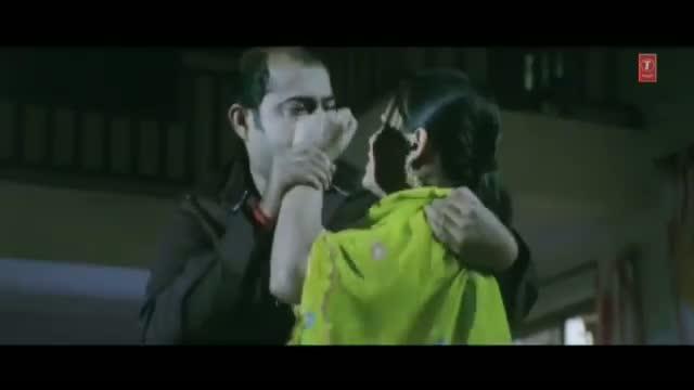Uncut Seen from Bhojpuri Movie - Nathuniya Pe Goli Maare