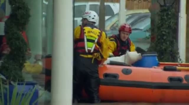 Raw: Welsh Village Evacuated Due to Heavy Floods