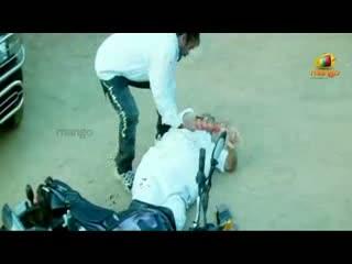 Nuvvekkadunte Nenakkadunta Movie Scenes - Uday Kiran worried about his grandfather - Uday Kiran, Shweta Basu - Telugu Cinema Movies