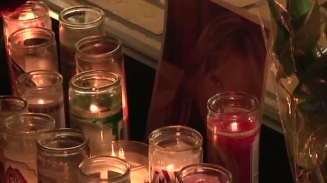 Raw: Jenni Rivera Fans Hold Vigil in Calif.