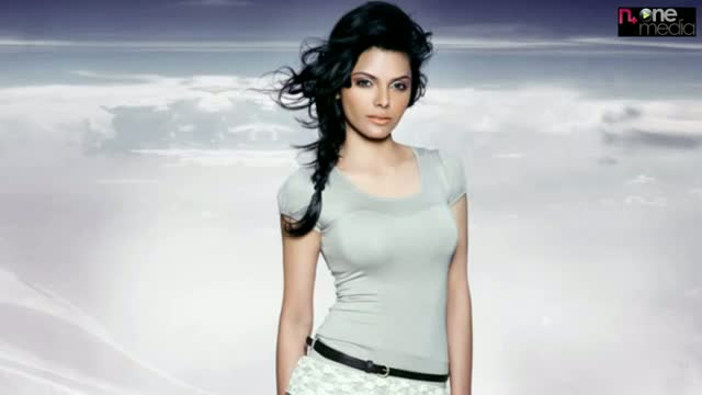 Bollywood Hot Actress Sherlyn chopra Spicy Video