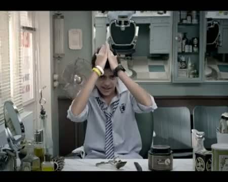 Vodafone 'Made for you' offers on 121 - Hairstyle ad (Hindi)