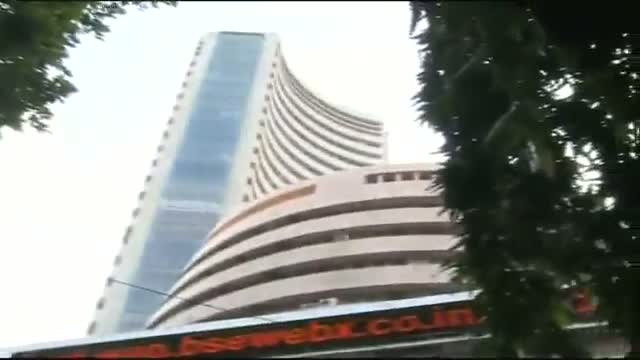 Sen$ex, rupee rise in early trade, gold down