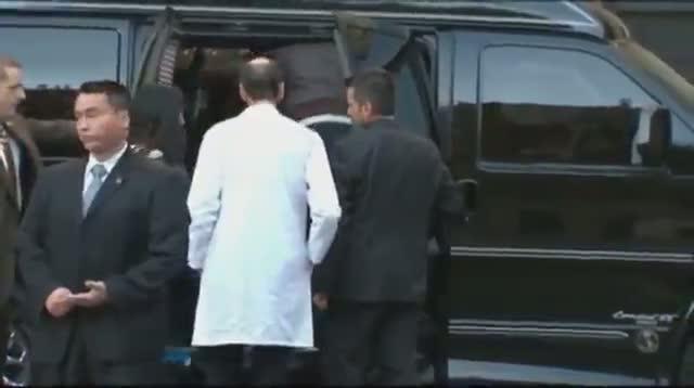 Raw - Hillary Clinton Outside NYC Hospital