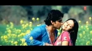 Dhadkela Chhatiya (Bhojpuri Video Song) - Aapan Maati Aapan Des
