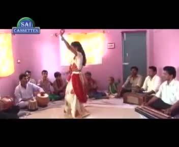 Odhniya Giral Giral - Bhojpuri $exy Hot New Video Song 2013 - From Latest Album Balamuwa