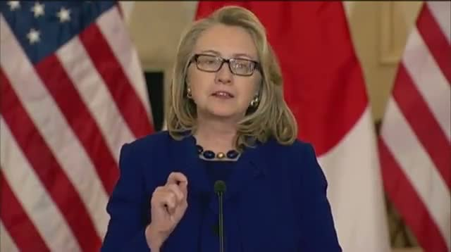 Clinton Urges Algeria to Preserve Innocent Life