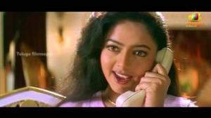 Manavudu Danavudu Scenes - Ramya Krishna trying to convince Soundarya - Soundarya, Ramya Krishna - Telugu Cinema Movies