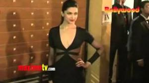 Deepika Padukone 58th IDEA FILMFARE Awards 2013 ARRIVALS in Mumbai