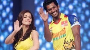 Shruti hassan dance At CCL Season 3 Curtain Raiser