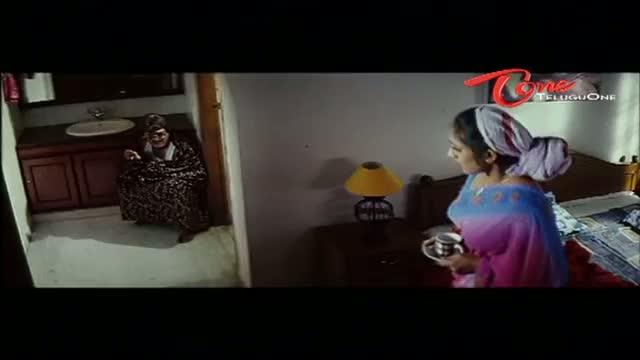 Telugu Comedy Scene From Rajendra Prasad's Andagadu Movie - Rajendra Prasad Suffers From Loose Motions - Telugu Cinema Movies