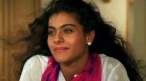 Tujhe Dekha To Yeh Jaana Sanam - Scene - Dilwale Dulhania Le Jayenge