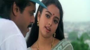 Pavitra Bandham Scenes - Soundarya trying to convince Venkatesh - Venkatesh, Soundarya - Telugu Cinema Movies