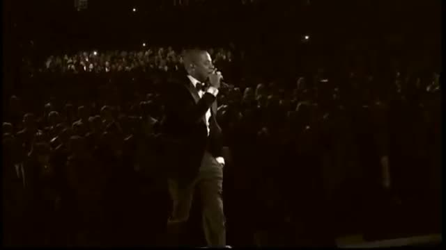 Grammys 2013: Justin Timberlake performs 'Suit and Tie' with Jay-Z at the Grammys