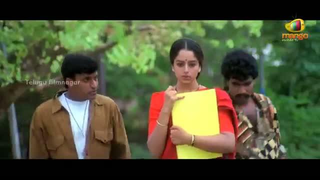 Pavitra Bandham Scenes - Soundarya harassed by eve teasers - Venkatesh, Soundarya - Telugu Cinema Movies