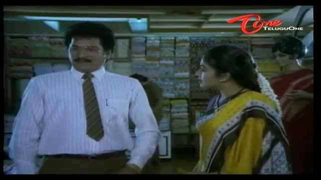Telugu Comedy Scene From Rajendra Prasad's Teneteega Movie - Beautiful Lady Booked Rajendra Prasad Before His Wife - Telugu Cinema Movies