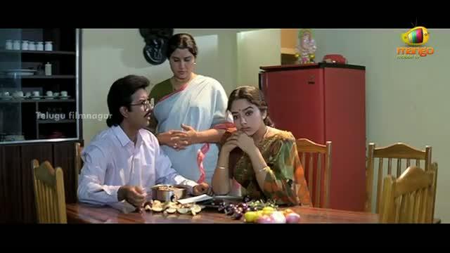Pavitra Bandham Scenes - Subhalekha Sudhakar convincing Soundarya to meet Venkatesh - Venkatesh, Soundarya - Telugu Cinema Movies