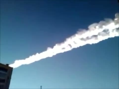 Meteorite crash in Russia Raw Video 2-15-2013