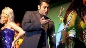 Salman Khan Performance at Star Guild Awards 2013