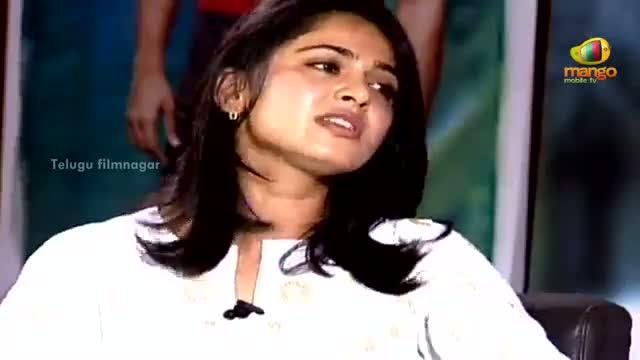 Mirchi Movie Team Interview - Anushka tells how she lifted Prabhas - Prabhas, Anushka Shetty, Richa Gangopadhyay - Telugu Cinema Movies
