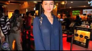 Alia Bhatt shows BRA in transparent shirt!