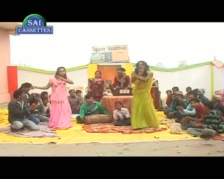 Bhauji De Da Aapan Genda - Devar Bhauji Holi Special - Hot $exy Video New Bhojpuri Song 2013