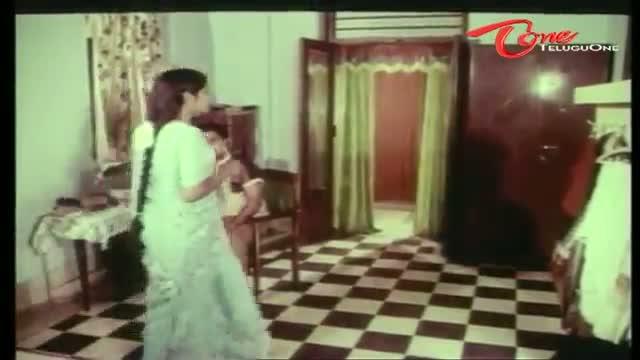 Telugu Comedy Scene From Adavalle Aligithe Movie - Hilarious Scene Between Paaru & His Sister-In-Law - Telugu Cinema Movies