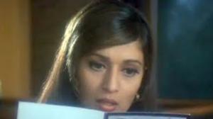 Aaj Main Tumse Nahi Mil Sakta - Madhuri Dixit, Sanjay Kapoor - Comedy Scene - Mohabbat