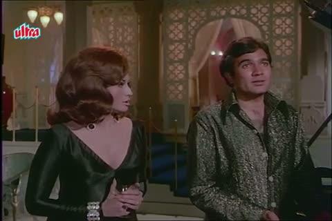 Helen in Love with Rajesh Khanna - Mere Jeevan Saathi Scene (1972)