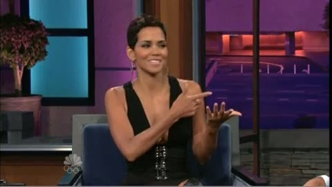 """Halle Berry in """"Hooker thigh-high Boots"""""""