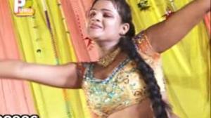 LAHNGA ME DOORDARSHAN BAA - Sizzling Hot $exy Video New Bhojpuri Movie Title Song Of 2013)