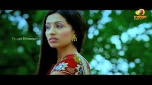 Maro Charitra Movie Love Scenes - Anita Following Varun Sandesh - Varun Sandesh, Shraddha Das - Telugu Cinema Movies