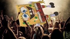Crowd Surfing Spongebob Ruins DJ's Show