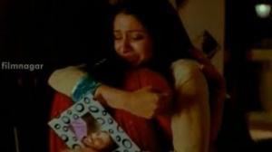 Maro Charitra Movie Scenes - Anita weeping for Varun Sandesh - Varun Sandesh, Shraddha Das - Telugu Cinema Movies