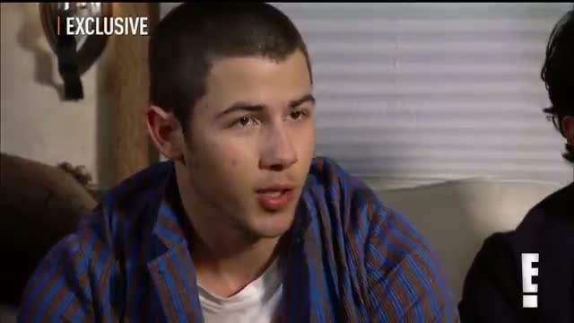 "Backstage at Jonas Brothers ""Pom Poms"" Video"
