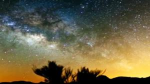 Timelapse Captures Galactic Core of the Milky Way