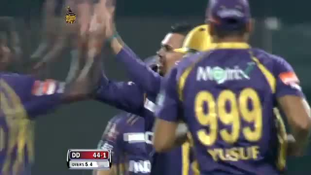 Wicket of David Warner taken by Brad Haddin in over 5.5 - DD vs KKR - PEPSI IPL 6 - Match 1