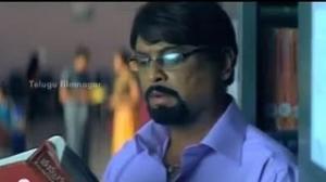 Vaade Kavali Movie Scenes - Naresh trying to read Suhasi's palm - Sairam, RP Patnaik - Telugu Cinema Movies