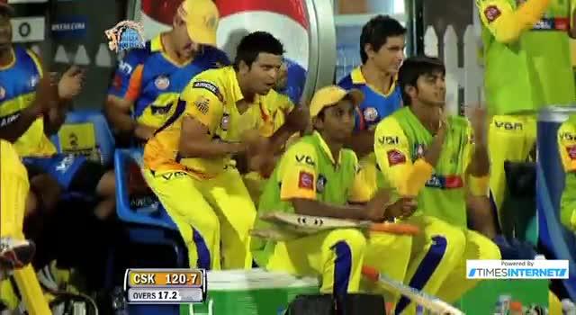 Four hit by MS Dhoni off Kieron Pollard - CSK vs MI - PEPSI IPL 6 - Match 5