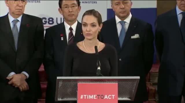 Jolie Addresses G8 on Wartime $ex Crimes