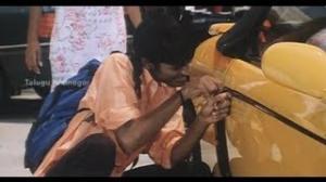 Sowrya Movie Scenes - Aparna and Dhanush stealing a car - Mariyaan hero Dhanush, Aparna - Telugu Cinema Movies
