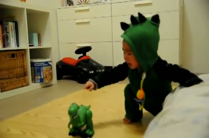 Baby Scared Of Dinosaur Toy From Toy Story